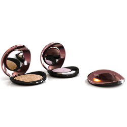 Toly presents Scotta: A compact for baked powders